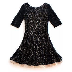 Betsey Johnson Dress Black Lace Floral Tulle Fit